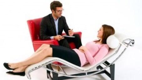 psicólogo com paciente