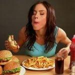 Porquê nas refeições comemos mais que necessário?