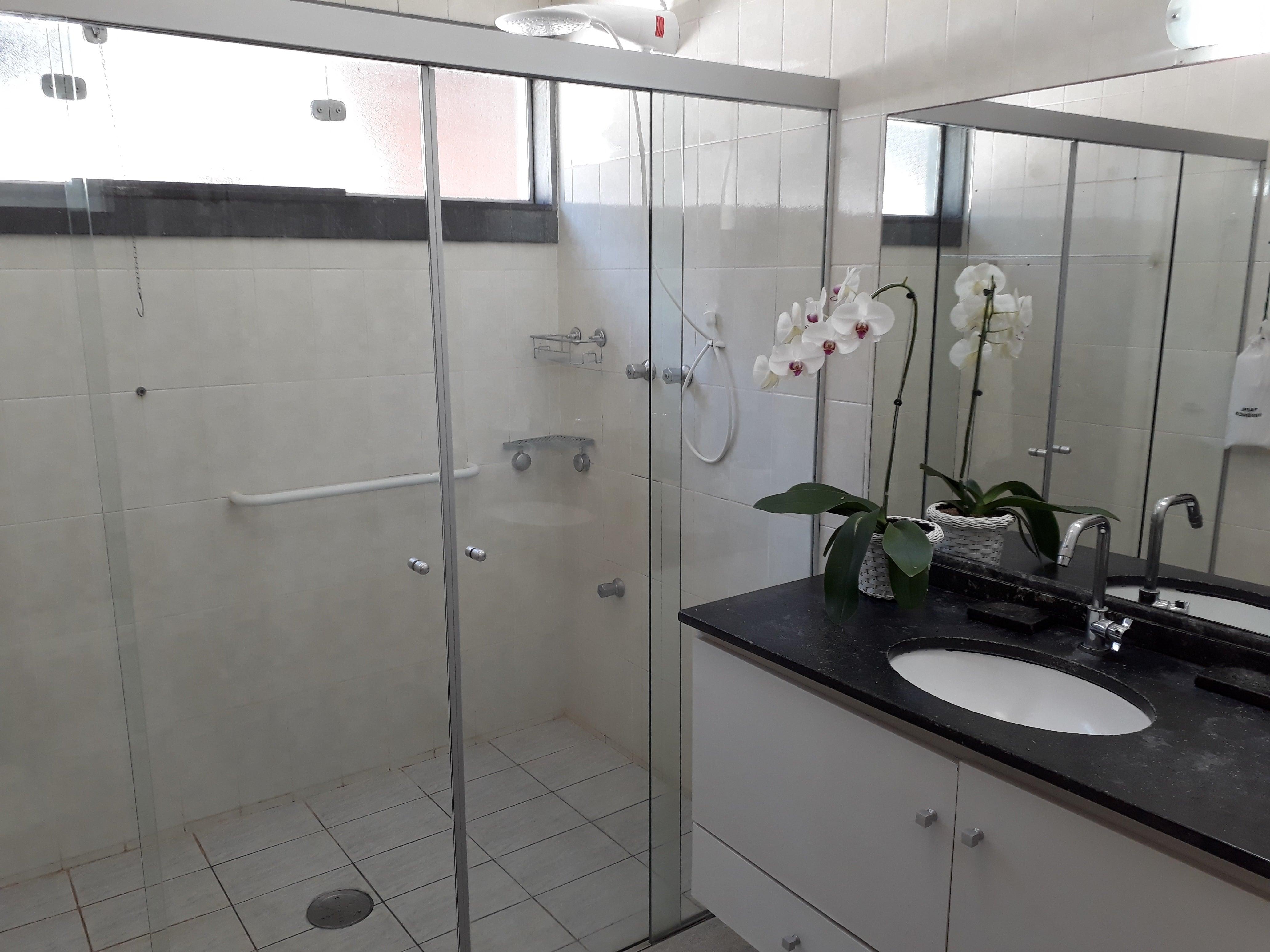 Foto suite tripla - Banheiro - Spa Sorocaba